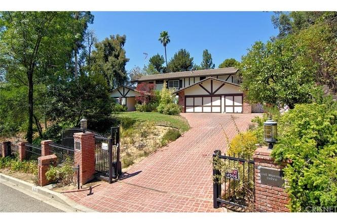 4735 Del Moreno Dr Woodland Hills, CA 91364